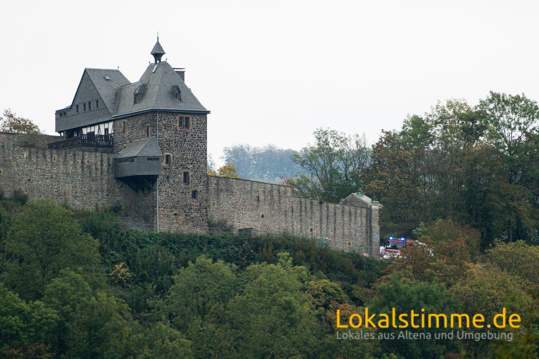 Zweimal innerhalb von 70 Minuten löste die Brandmeldeanlage auf der Burg Altena aus, beides mal aufgrund eines technischen Defektes.